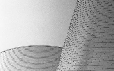 Planétarium de Montréal,Projet photo argentique, Nikon F2, objectif Nikkor 85mm f/1.8, film TRI-X 400 noir et blanc , photo: http://www.alexandrebedard.com